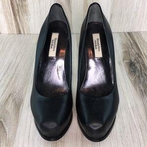 Simply Vera Black High Heels